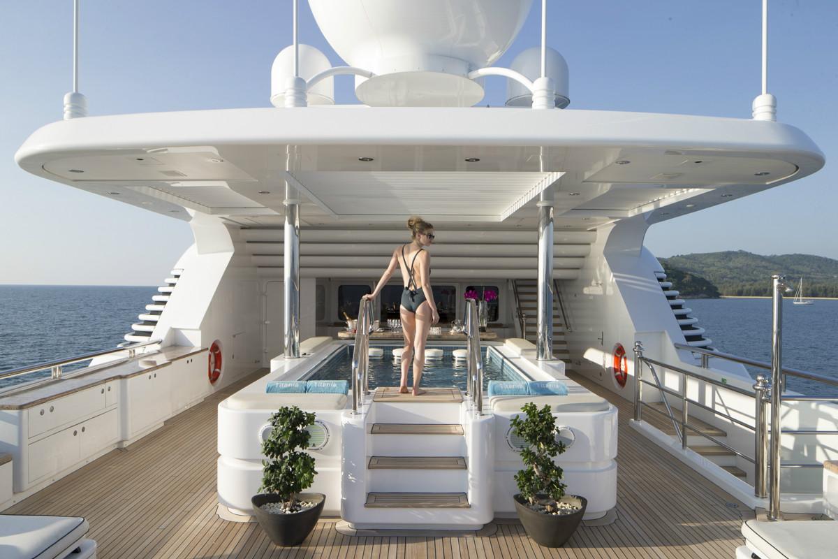 YACHT TITANIA Superyacht Titania : PoolDeckMain 46 from my-titania.com size 1200 x 800 jpeg 280kB